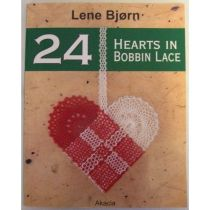 24 Hearts in Bobbin Lace, bok